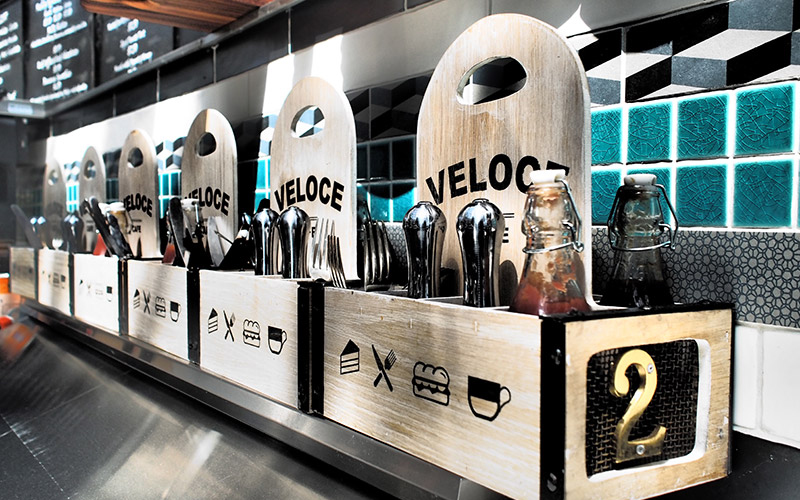 DS17 - Veloce Cafe