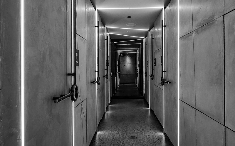 chu bathroom corridor bw