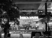 beach-house-1-mono